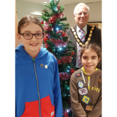 Artists from Girlguiding UK with festive flourish in #Epsom and #Ewell