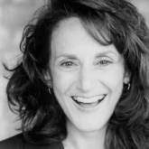 LESLEY JOSEPH RETURNS TO BIRMINGHAM  HIPPODROME AS MOTHER SUPERIOR IN SISTER ACT