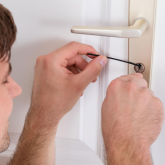 When you need an emergency locksmith in Kettering you don't always get what you pay for!