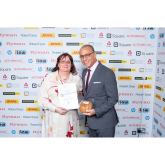 Elford based Hunnypot Cottage Bakery gets a Twitter Boost from Theo Paphitis