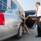What are the key benefits of hiring a cab for airport transfer?