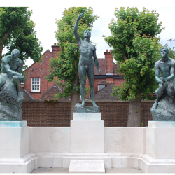 Watford Peace Memorial – a star is born!
