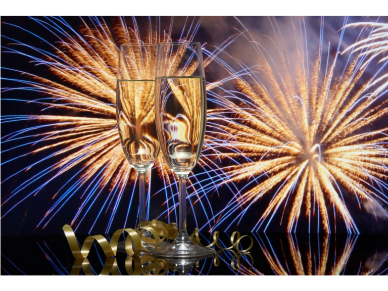 New Year's Eve Extravaganza - Casino & Live Entertainment at Calderfields Golf and Country Club Walsall