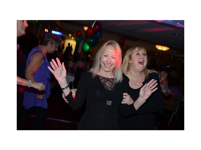 SLOUGH 30s to 50sPlus PARTY for Singles & Couples - Friday 26th January