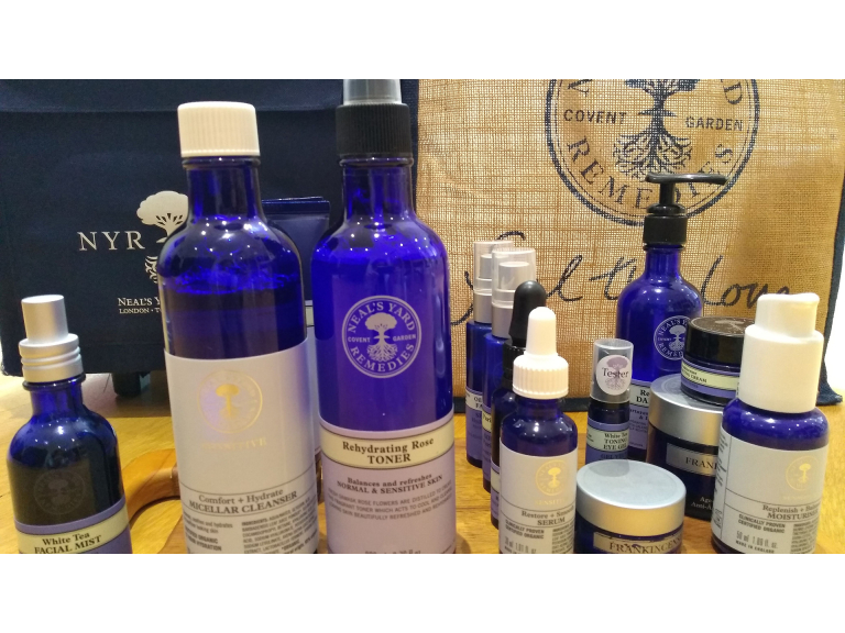 Adult Workshop - Neal's Yard Remedies Aromatherapy Workshop