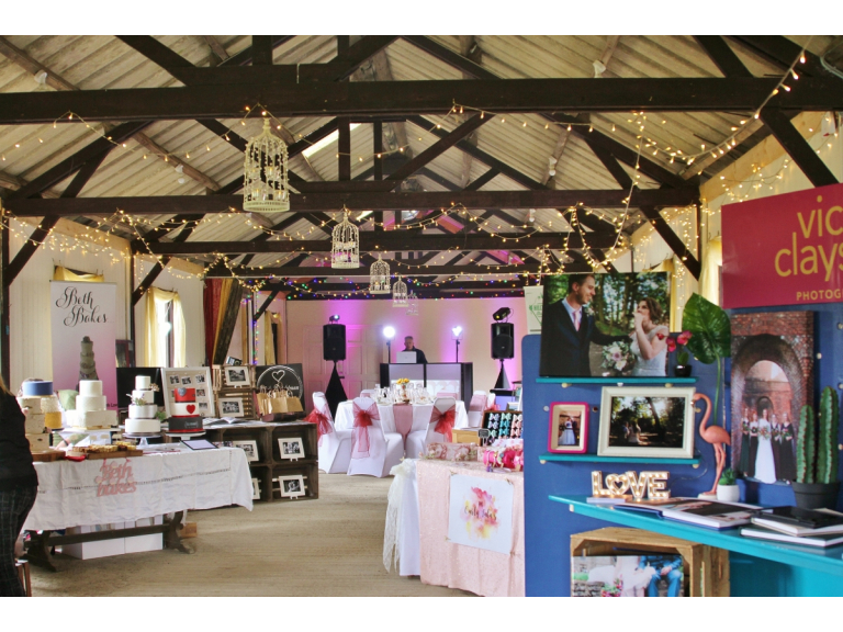 Autumn Wedding Fayre at Barnutopia