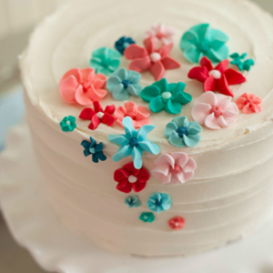 FREE cake decorating course