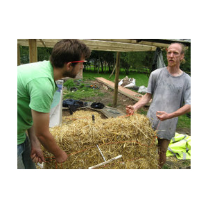 Building with Straw Bales