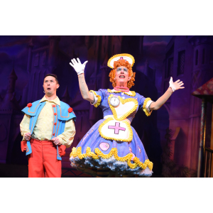 Snow White and the Severn Dwarfs Pantomime in Shrewsbury