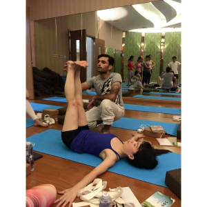 200 hour Yoga TTC in Rishikesh, India