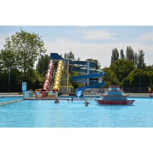 Aldershot Lido - weekend opening