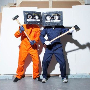 Cassette Boy vs DJ Rubbish 'Comedy Disco' with Too Many T's