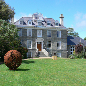 GUERNSEY LITERARY AND POTATO PEEL PIE SOCIETY TOURS AT SAUSMAREZ MANOR