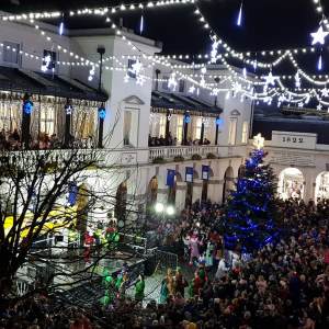 CHRISTMAS LIGHTS SWITCH-ON - TOWN