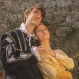 GADOC PRESENT ROMEO AND JULIET