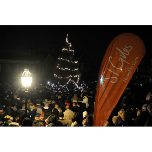 St Giles Light up a Life for Christmas