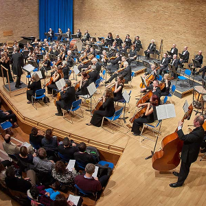City of Cambridge Symphony Orchestra with Julian Trevelyan (Piano)