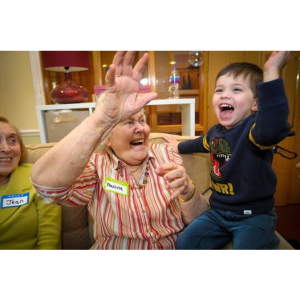 Songs & Smiles for all ages at #Banstead Manor Care Home @BansteadManor