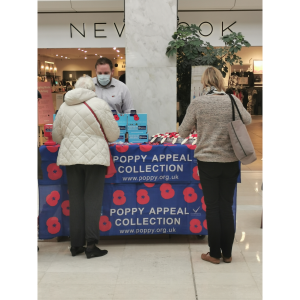 Poppy Sellers In The Ashley Centre #Epsom @PoppyLegion @Ashley_Centre