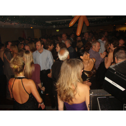 BASILDON 30s to 50s Plus PARTY for Singles & Couples - Friday 18th August