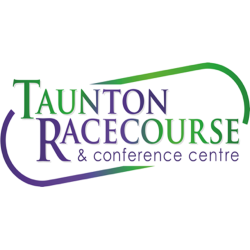 Taunton Racecourse : Evening Racemeeting