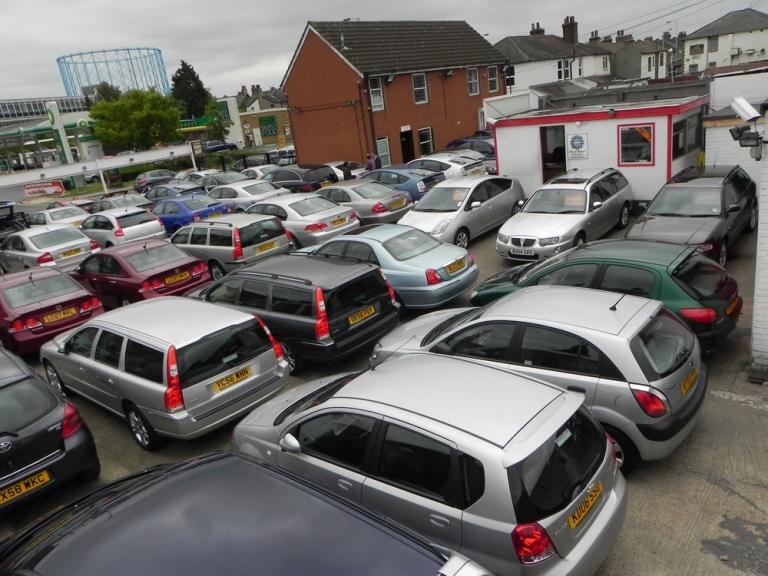 mccarthy cars an award winning used car showroom in croydon. Black Bedroom Furniture Sets. Home Design Ideas