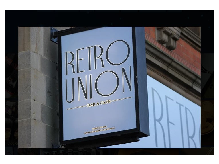 Retro Union Bar & Cafe