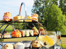 Deluxe G&T Package – From just £82.50pp at Stoke by Nayland Hotel