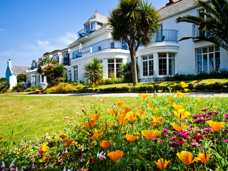 3 NIGHTS FOR THE PRICE OF 2 WHITE HOUSE HOTEL, HERM SPRING OFFER