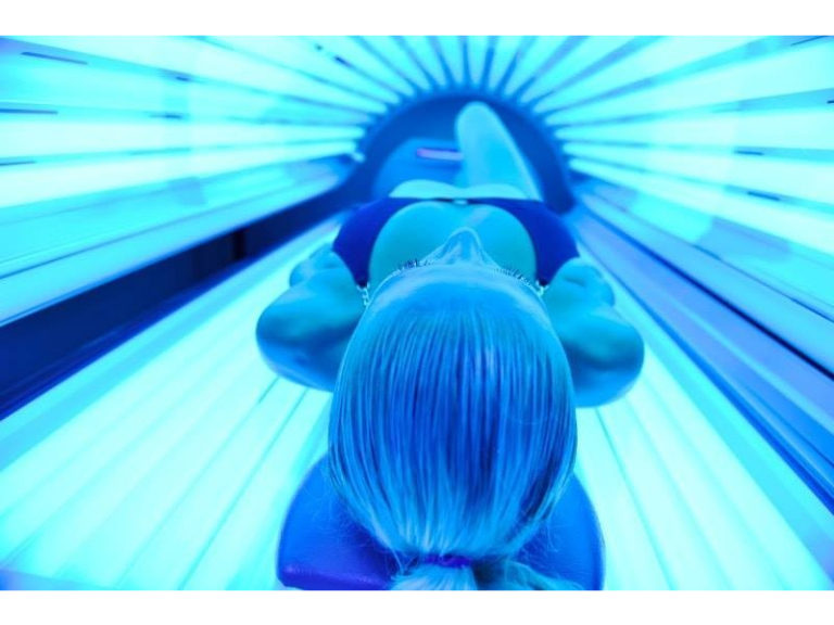 Sunbed at Creative Claws - 5 days use for just £15