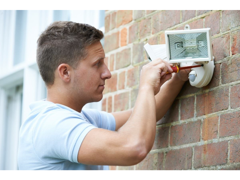 Great offers on new monitored Alarms systems for Residents & Small Businesses
