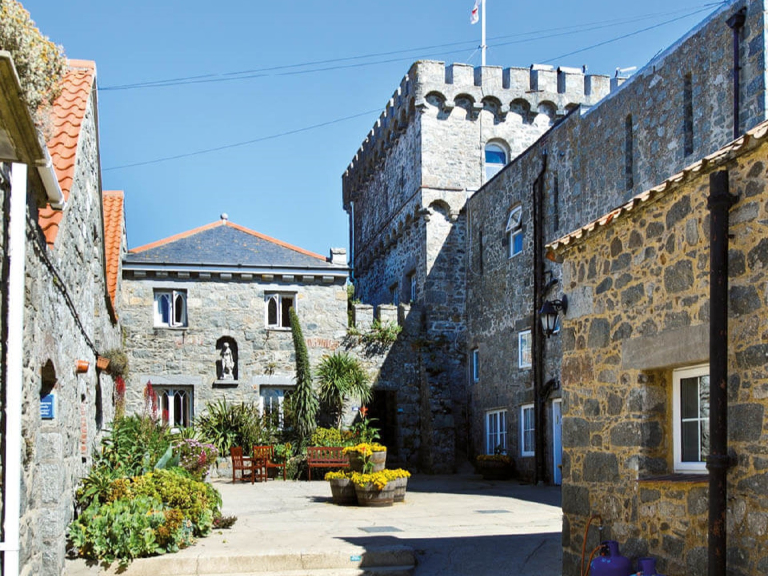 4 NIGHTS FOR THE PRICE OF FREE SELF CATERING HERM ISLAND JULY OFFER