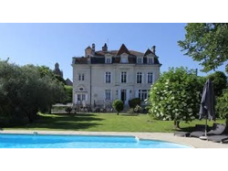 October half-term: Fancy a break at a chateau near Bordeaux in France?