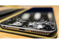 iPhone Screen Repairs From ONLY £29 at Smartronic