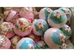 Bath Bomb Bonanza at Florabelle's