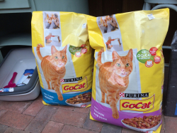 GoCat - 10kg Bags for Only £16.49