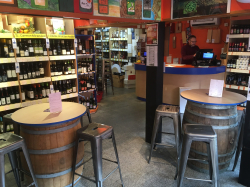Having A Party? Hire The Duncan Murray Wine Bar!
