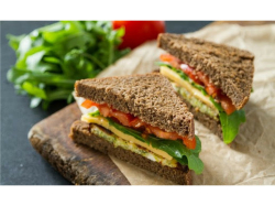 £4.50 TEA & CO SANDWICH MEAL DEAL