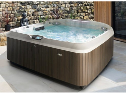 MASSIVE SAVING on the Jacuzzi J-480IP.