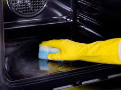 25% OFF SINGLE & DOUBLE OVEN CLEANING WITH ABSOLUTELY FABULOUS