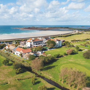 £139 OVERNIGHT STAY PLUS DINNER AND BREAKFAST FOR TWO MAY OFFER AT LA GRANDE MARE